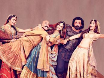 Housefull-4-Public-Review--First-Day-First-Show--Akshay-Kumar--Riteish-Deshmukh-Bobby--Kriti-S--Pooja--Kriti-K