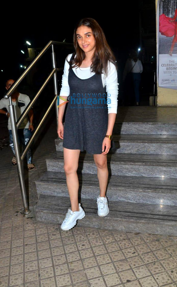 Photos Aditi Rao Hydari snapped at PVR, Juhu (1)