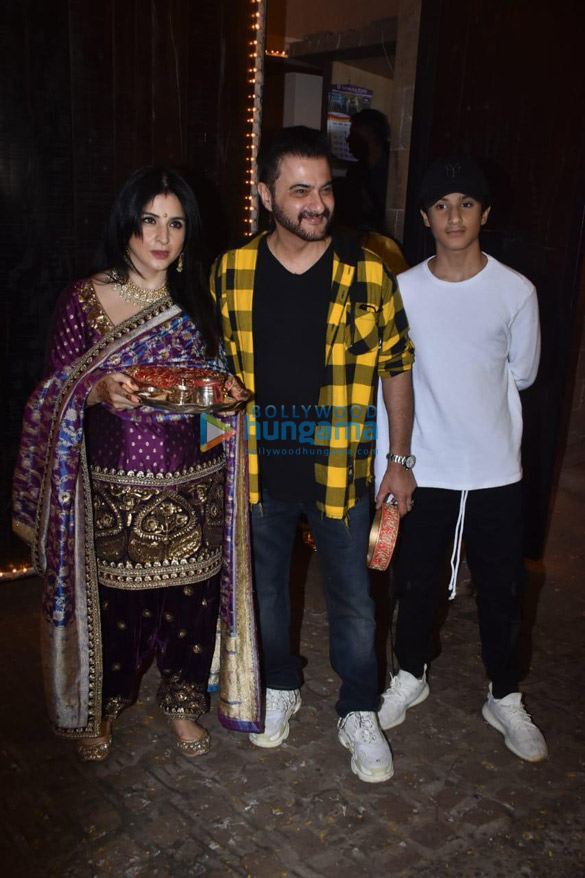 Photos Celebs snapped celebrating Karwa Chauth-121233 (3)