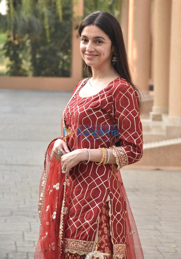 Photos Celebs snapped celebrating Karwa Chauth (3)