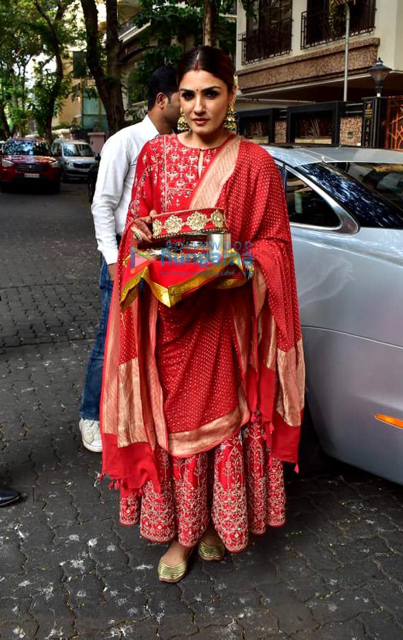 Photos Celebs snapped celebrating Karwa Chauth (7)