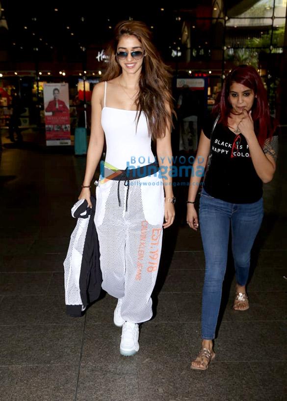 Photos: Disha Patani and Elli AvrRam snapped at the airport