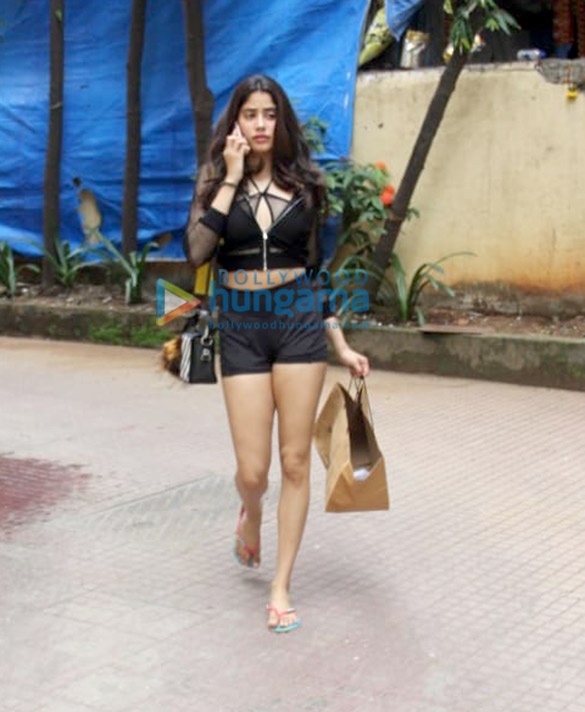Photos: Janhvi Kapoor and Ishaan Khatter spotted at the gym