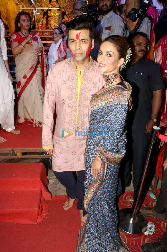 Photos Kajol, Rani Mukerji, Karan Johar and others snapped at Durga Puja (5)