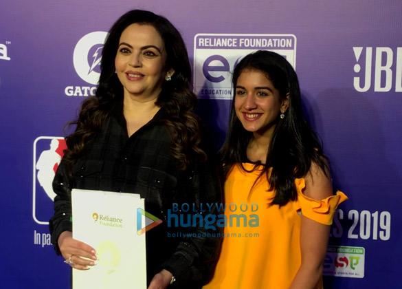 Photos Malaika Arora, Sonam Kapoor Ahuja and others grace the red carpet of NBA India Games 2019 (3)