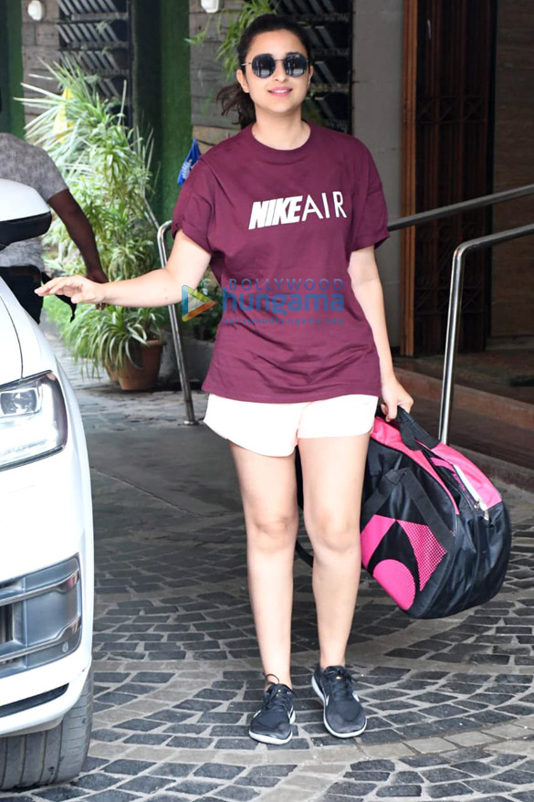 Photos: Parineeti Chopra spotted at Khar gymkhana