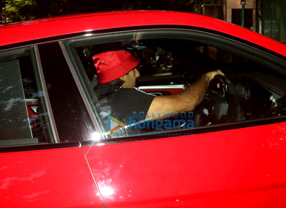 Photos Ranveer Singh snapped driving his new Lamborghini Urus-023 (5)
