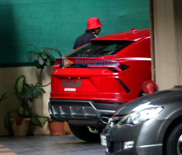 Photos Ranveer Singh snapped driving his new Lamborghini Urus-023 (6)