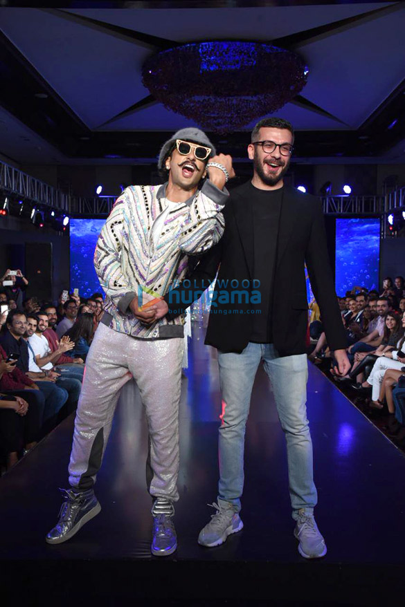 Photos Ranveer Singh walks the ramp for Simone Khambatta and Anantaa at The Wedding Junction (2)