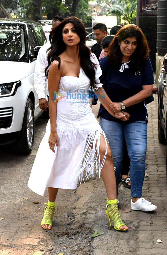 Photos: Shilpa Shetty spotted at Mehboob Studio in Bandra