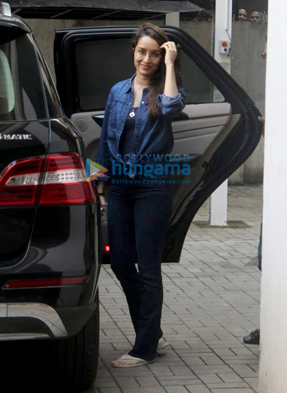 Photos Shraddha Kapoor spotted at Maddock Films' office (3)