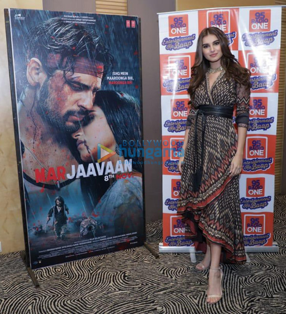 Photos Sidharth Malhotra and Tara Sutaria snapped promoting their film Marjaavaan in Ahmedabad (1)