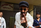 Ranveer Singh spotted casting his vote in Bandra