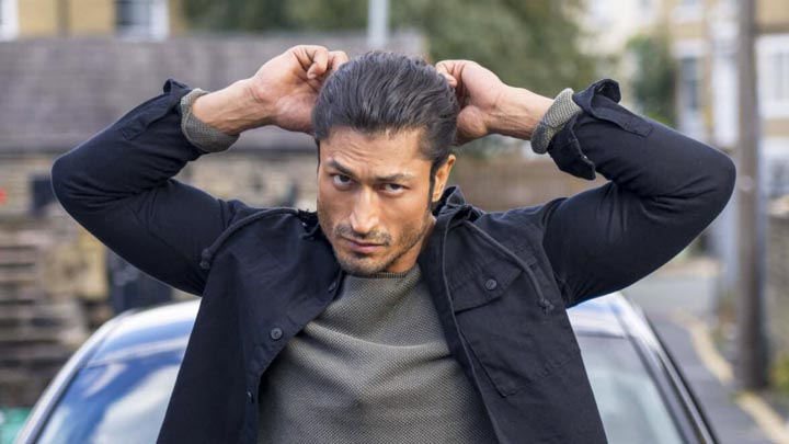Commando 3 Public Review Vidyut Jamwal Adah Sharma Angira Dhar First Day First Show