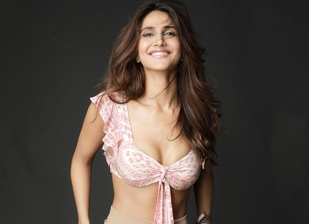 Netizens lash out at Vaani Kapoor for wearing a bikini top with 'Hare Ram' printed on it