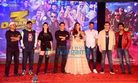 Photos Salman Khan, Prabhu Dheva, Warina Hussain, Arbaaz Khan and Nikhil Dwivedi grace the song launch of 'Munna Badnaam Hua' from their film 'Dabangg 3'2 (2)
