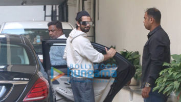 Photos: Shahid Kapoor snapped at Old Dharma office