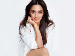 Kiara Advani has a surprise visitor on the sets as she shoots for Indoo Ki Jawani