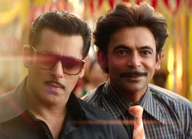 Bigg Boss 13: When Sunil Grover mimicked Salman Khan and left everyone in splits!