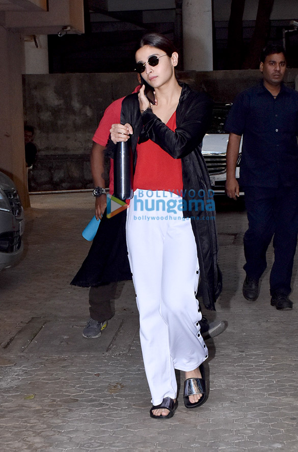Photos: Alia Bhatt spotted at Sanjay Leela Bhansali's office in Juhu