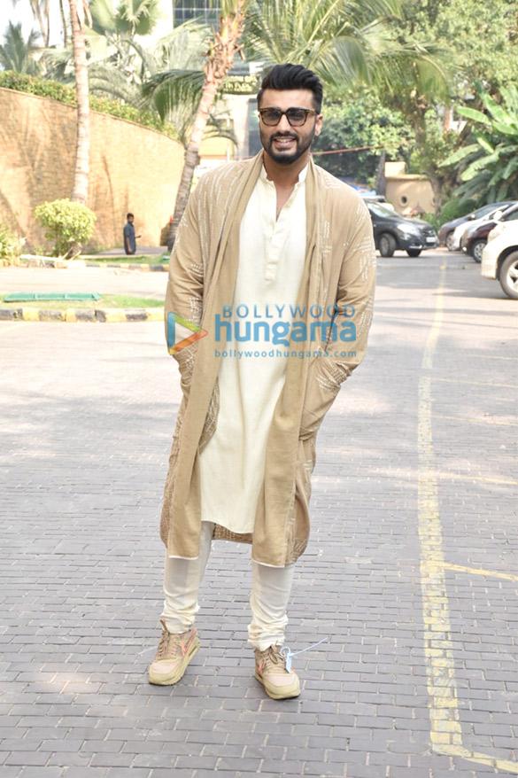 Photos Arjun Kapoor and Kriti Sanon snapped promoting their film Panipat (1)