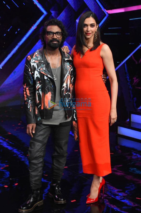 Photos Deepika Padukone spotted for Dance Plus 5 shoot at Filmistan Studio, Goregaon (004)