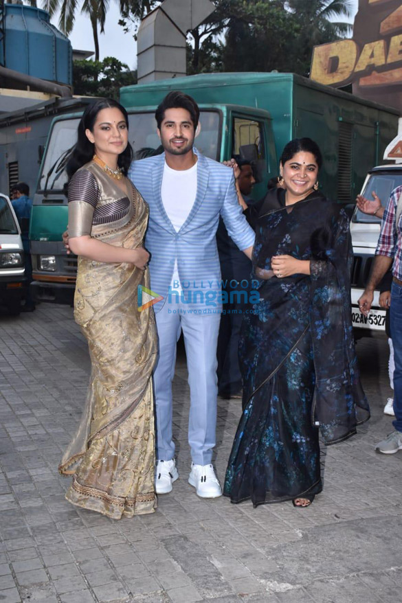 Photos Kangana Ranaut, Jassie Gill and others grace the trailer launch of Panga (8)