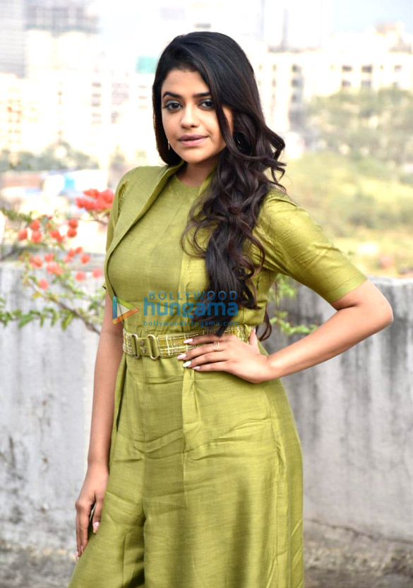 Photos Riva Kishan snapped promoting her film Sab Kushal Mangal (2)