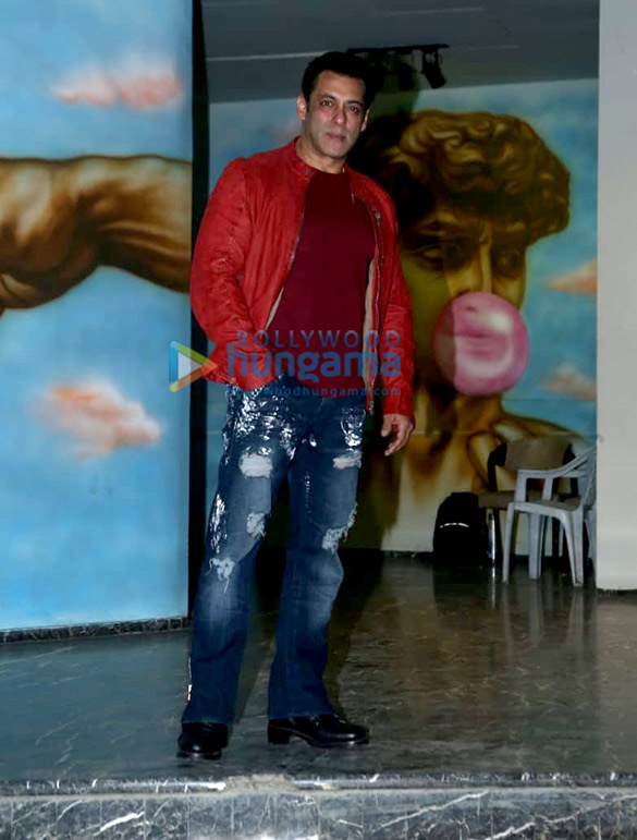 Photos Salman Khan, Sonakshi Sinha, Daisy Shah and others grace Saiee Manjrekar's birthday bash (13)