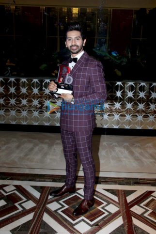 Photos: Vardhan Puri graces The Economic Times Promising Brands 2019 awards