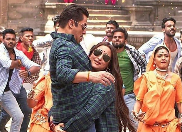 Dabang 3: That epic moment when Sonakshi Sinha lifted Salman Khan!