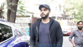Photos: Arjun Kapoor spotted at Anshuka Yoga in Bandra