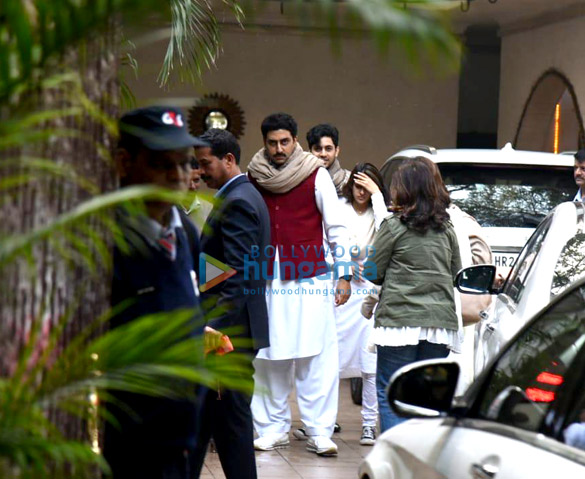 Photos Celebrities attend Ritu Nanda's funeral in Delhi (1)