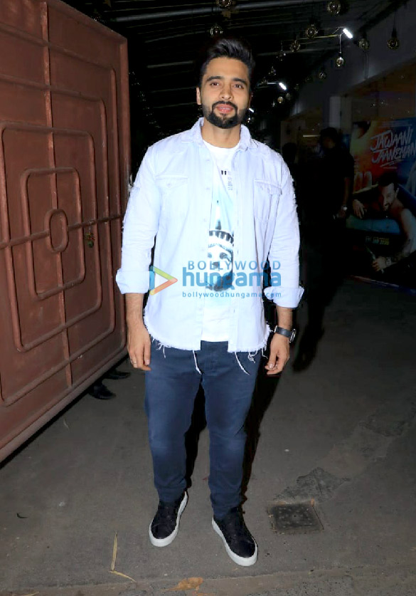 Photos Celebs attend the special screening of the film Jawaani Jaaneman at Juhu PVR1 (4)