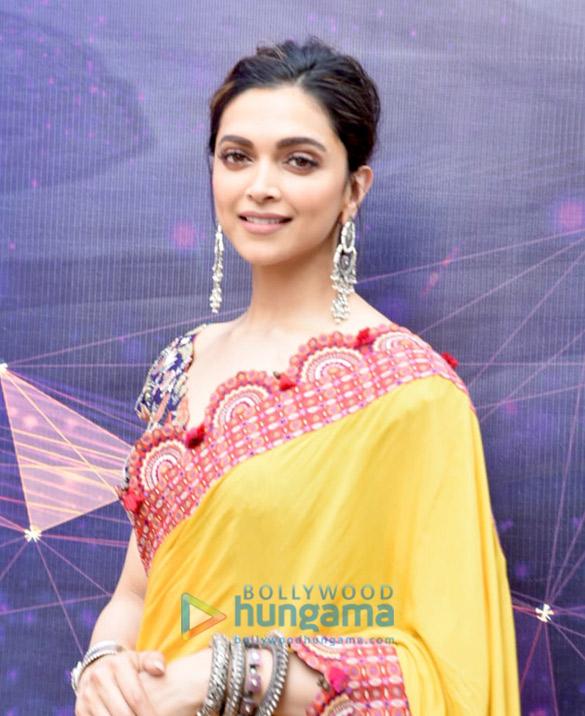 Photos Deepika Padukone snapped promoting Chhapaak (5)