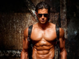 Hrithik Roshan gets nostalgic looking at his picture flaunting his abs; writes a parody about missing his abs