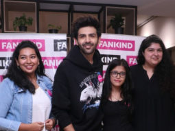 Kartik Aaryan grooves to the tunes of 'Haan Main Galat' and 'Dheeme Dheeme' with his fans for Anshula Kapoor's Fankind campaign