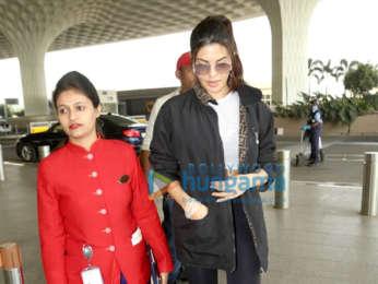 Photos: Parineeti Chopra, Shamita Shetty and others snapped at the airport