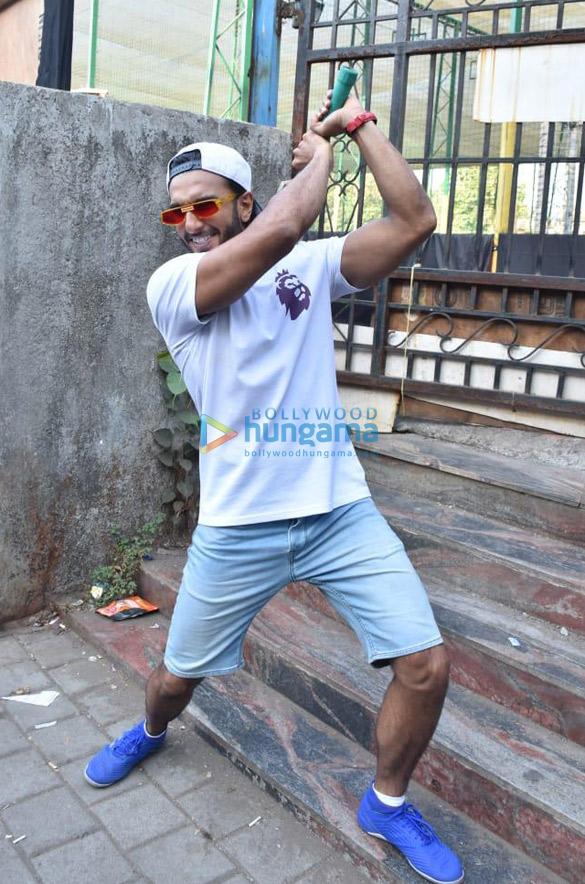 Photos Ranveer Singh snapped promoting his film '83 (3)