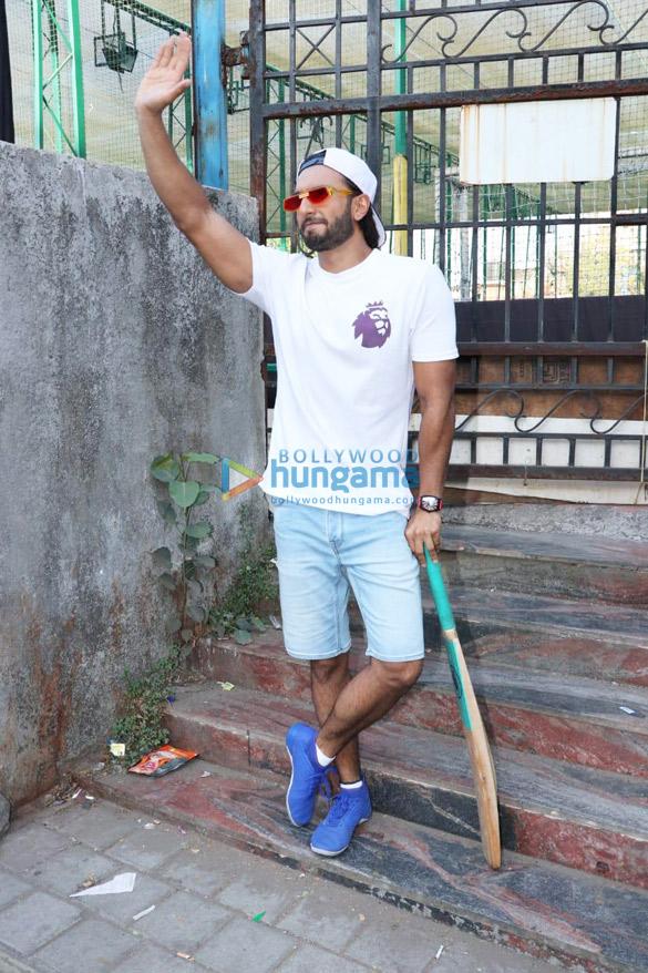 Photos Ranveer Singh snapped promoting his film '83 (6)
