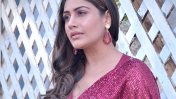 Surbhi Chandna becomes the talk of the town with her saree clad look!