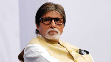 Amitabh Bachchan deletes post on flies spreading coronavirus after health official dismisses it