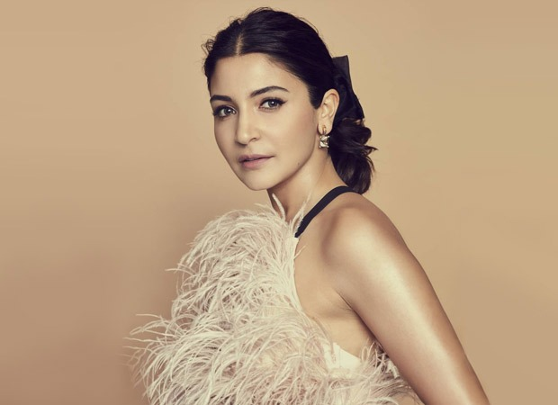 Anushka Sharma reaches out to her fan clubs globally, asks them to stay at home to stop the spread of coronavirus!
