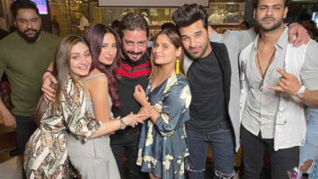 Bigg Boss 13 contestants have a reunion and the pictures are all things love!