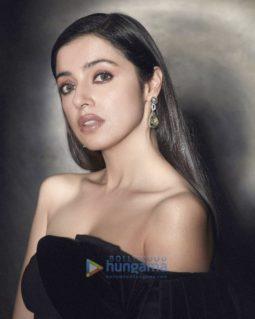 Celebrity Photo Of Divya Khosla Kumar