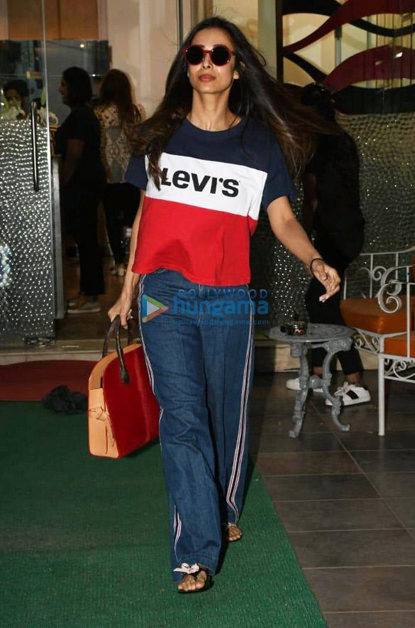 Photos Malaika Arora spotted at Muah salon (4)