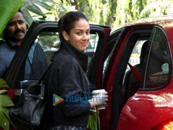 Photos: Riteish Deshmukh, Genelia Dsouza, Malaika Arora and others snapped at the gym