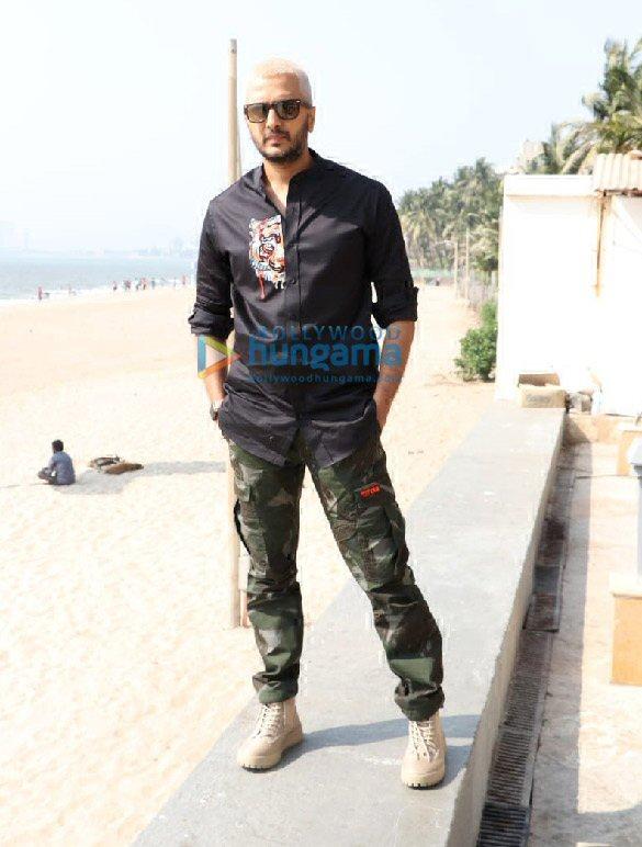 Photos Tiger Shroff, Shraddha Kapoor and Riteish Deshmukh snapped during Baaghi 3 promotions (7)