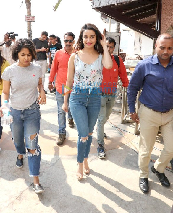 Photos Tiger Shroff, Shraddha Kapoor and Riteish Deshmukh snapped during Baaghi 3 promotions (9)
