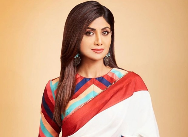 Shilpa Shetty makes the most of self-quarantining, makes a TikTok video with Raj Kundra on social distancing